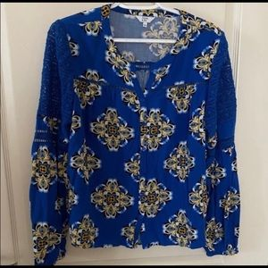 4/$10 Crown and Ivy Blouse